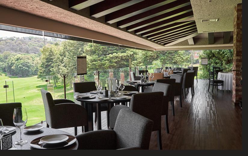 Terraza del restaurante del Club